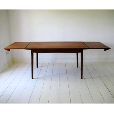 Unusual extension dining table 20th century furniture for Unusual extending dining tables